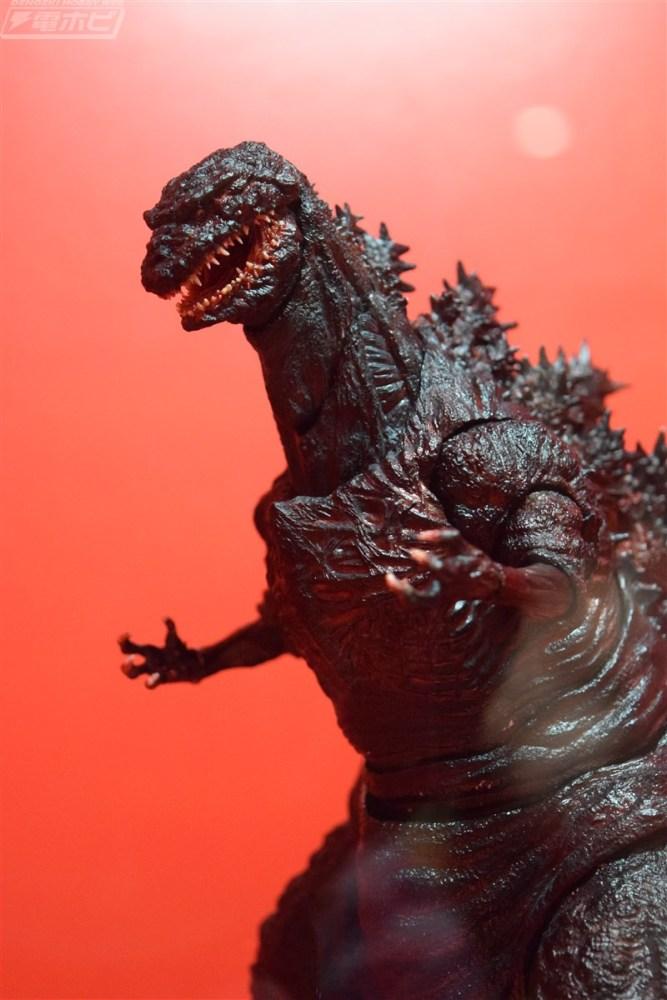 SH-Monsterarts-Shin-Godzilla-003