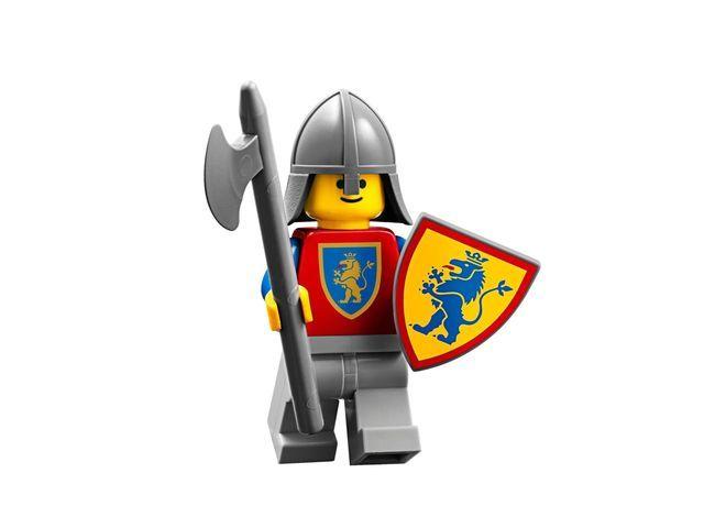 lego-classic-knights-5004419-e-211