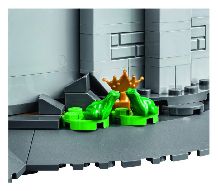 LEGO-71040-Disney-Castle-The-Princess-and-the-Frog-1024x895