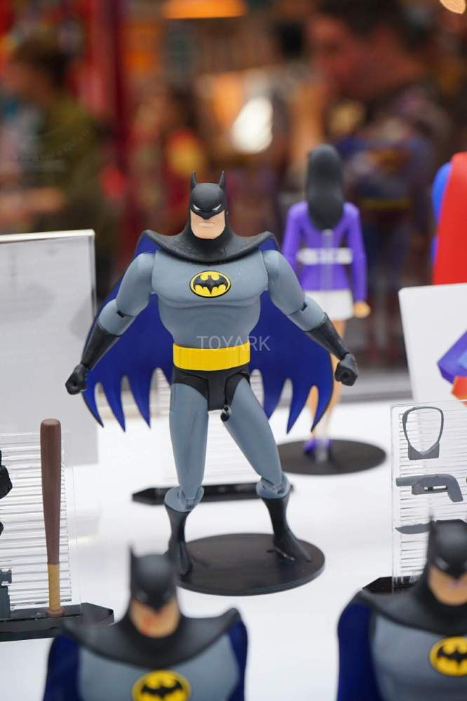 SDCC-2016-DCC-Animated002