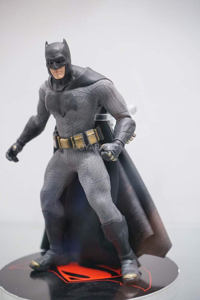 SDCC-2016-Mezco-One12-DC-Comics-036