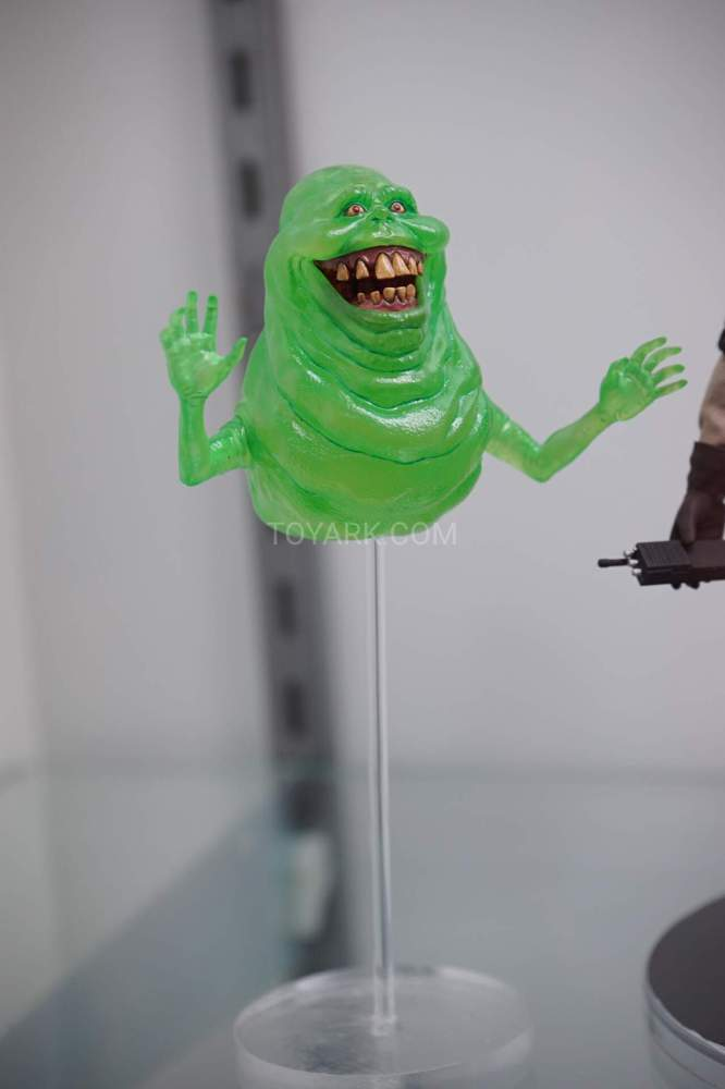 SDCC-2016-Mezco-One12-Ghostbusters-006