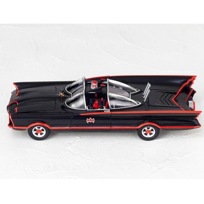 Batmobile 1966 MOVIE REVO preorder 02
