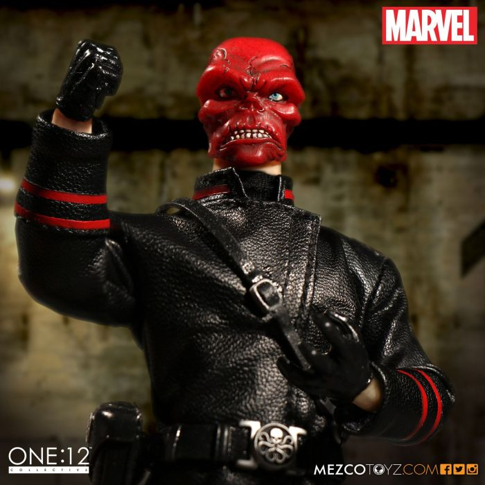 mezco-one12-red-skull-002