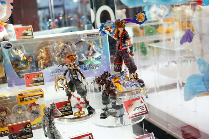 nycc2016-square-video-game-figures-028