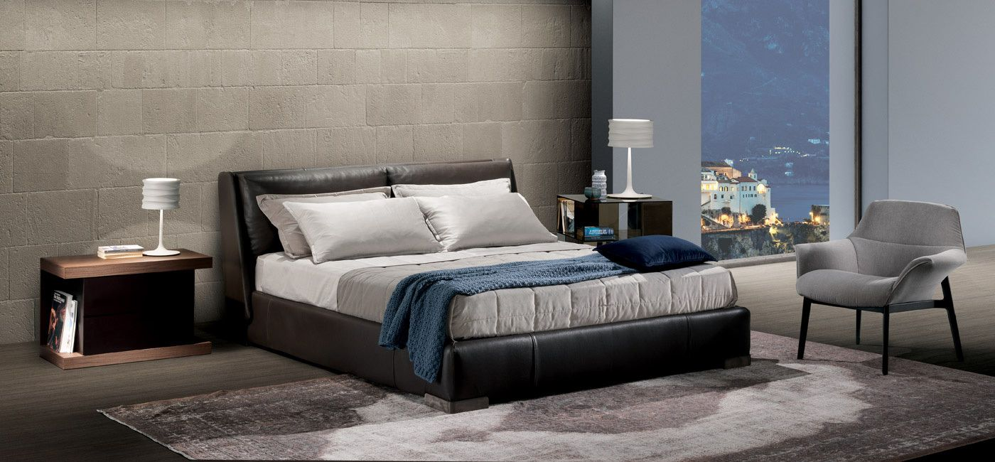 Chaise Modern Fenice Bed. Beds. Bedroom : Natuzzi Italia. Modern Furniture.