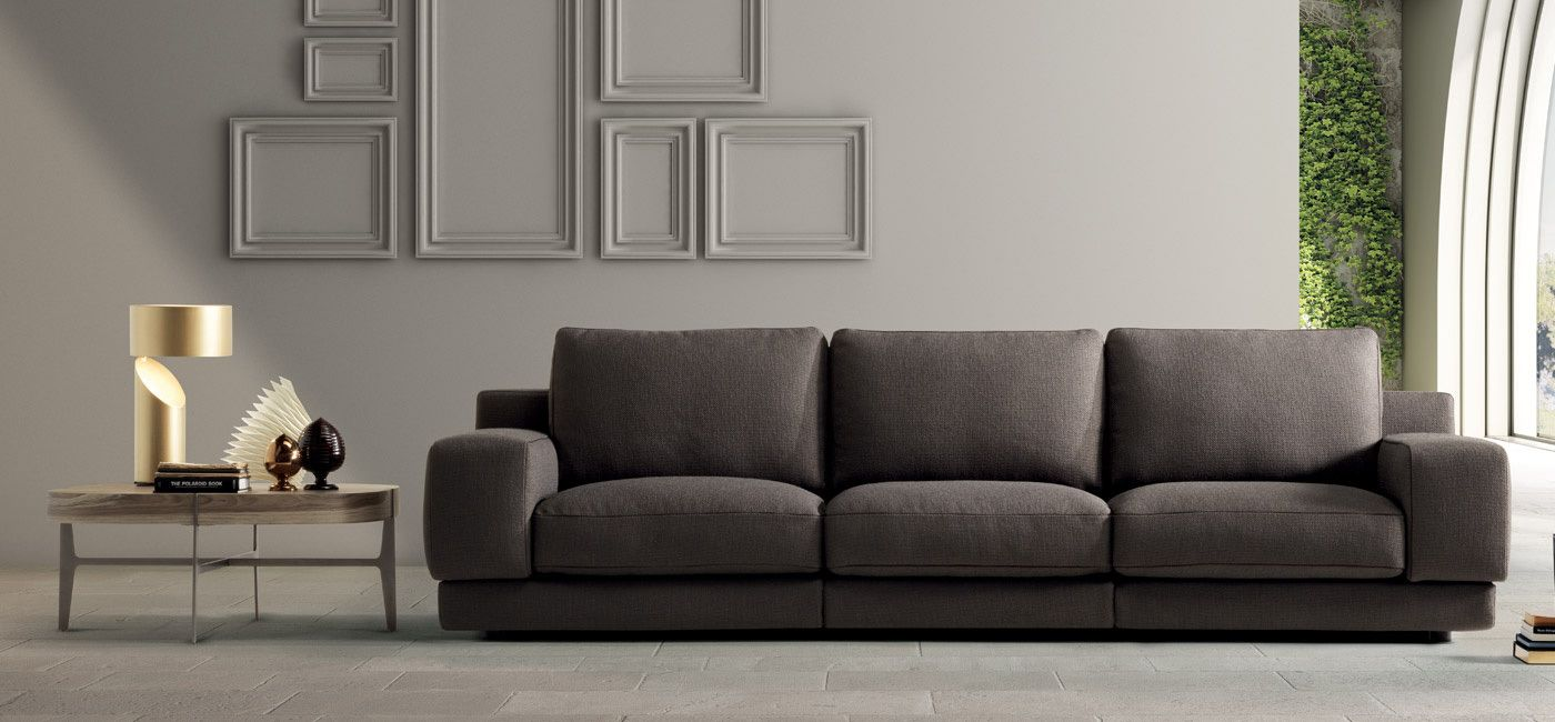 Couch Chesterfield Agora. Sofas & Sectionals. Living : Natuzzi Italia. Modern