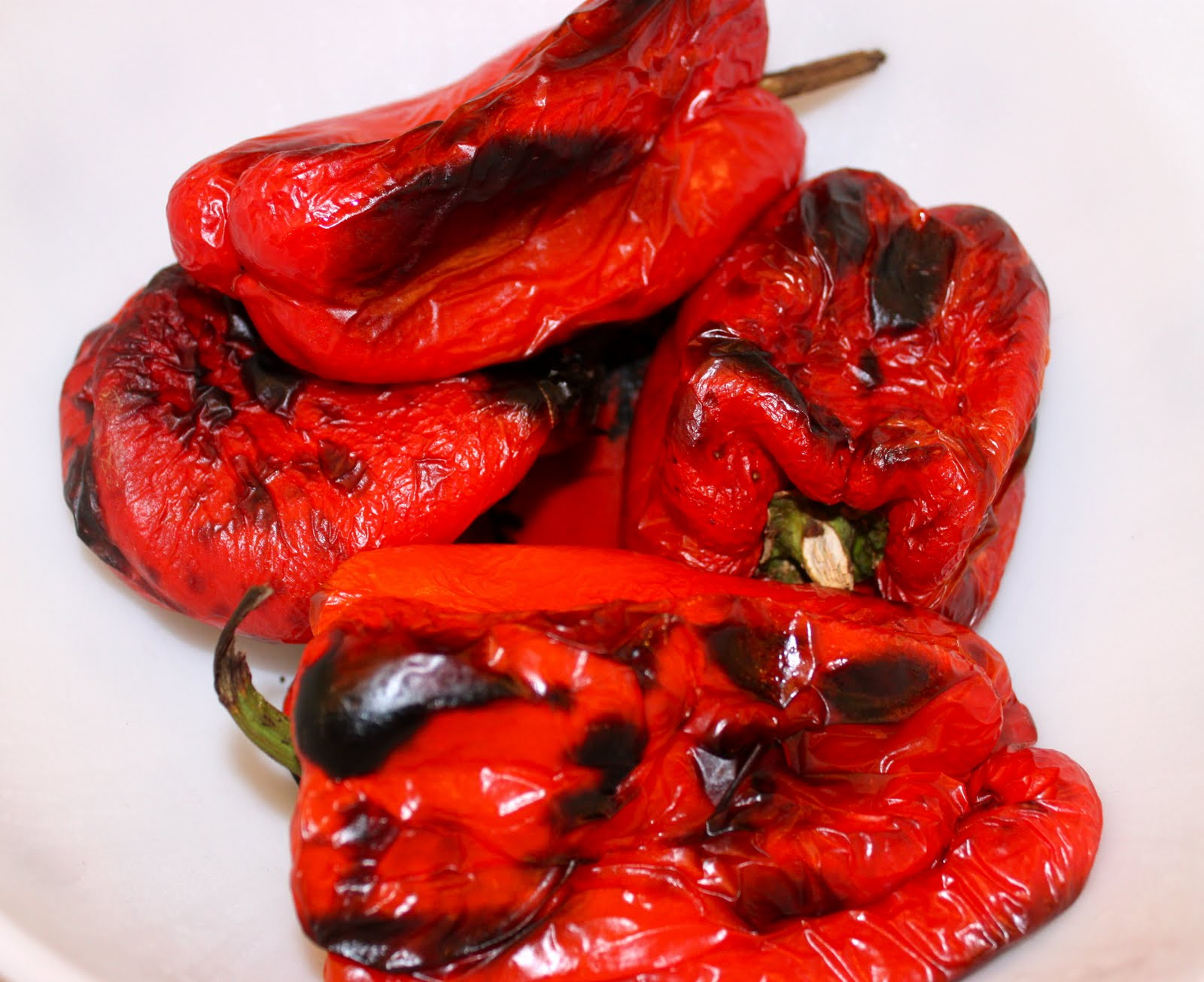 Cucina & Amore Piquillo Peppers Roasting Red Peppers And Green Yellow Or Orange La Bella Vita