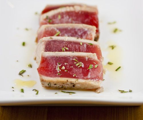 Pan Seared Tuna with Rosemary Oil