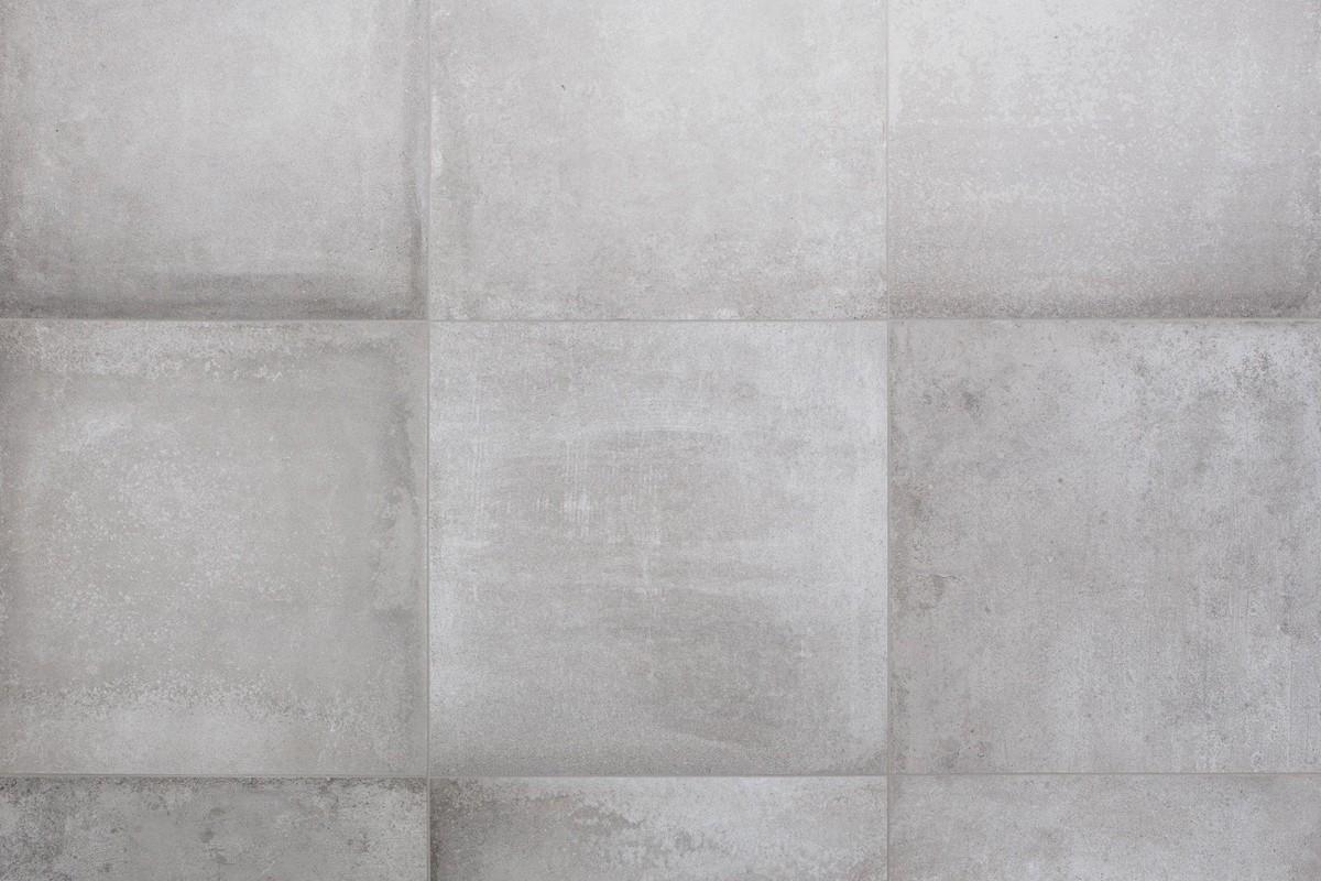 Piastrelle grigie texture gres porcellanato effetto pietra