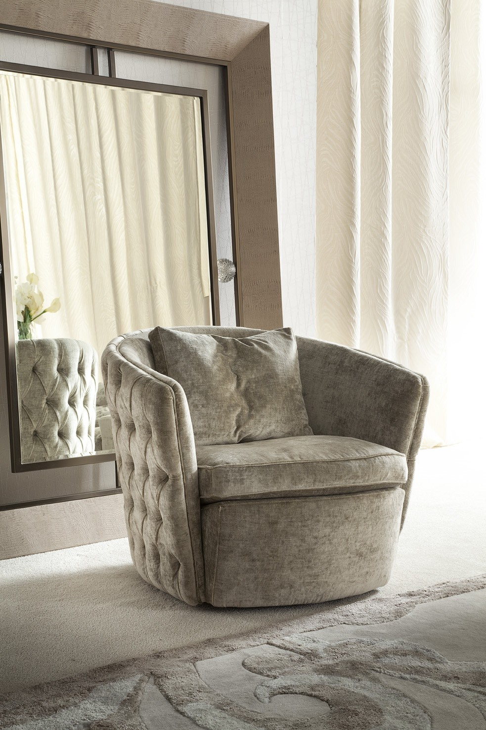 Modern Living Room Chair Swivel Arm Chair Los Angeles Studio City