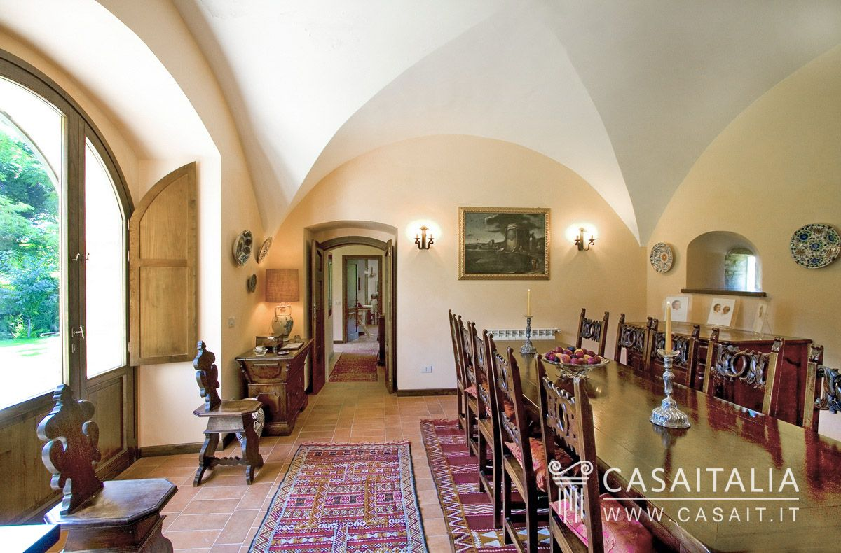 Country House With Swimming Pool For Sale In Narni