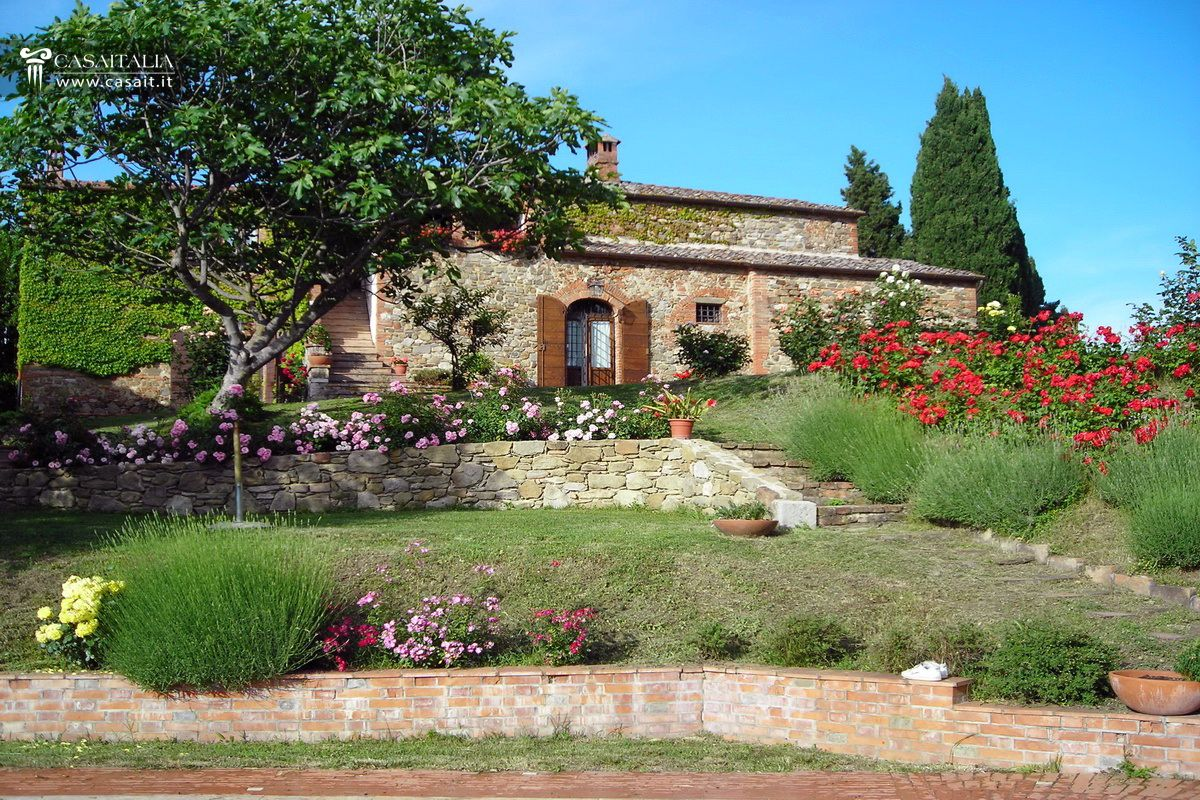 Italian Farmhouses For Sale Tuscan Farmhouse For Sale In Val D 39orcia Turrita Di Siena