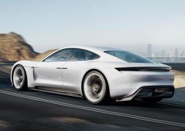 Porsche ускоряет разработку своего первого электрического спорткара, штат компании пополнят еще более 1400 сотрудников