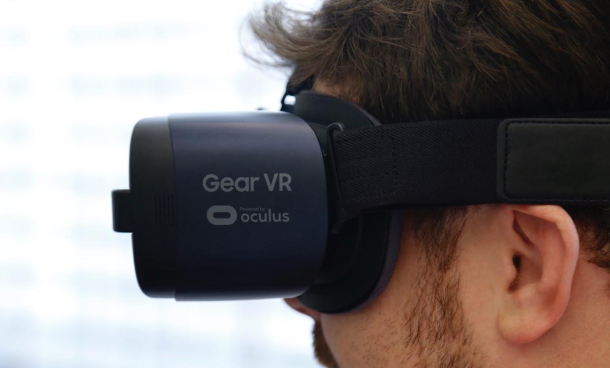 Англичанин проедет всю страну навелотренажере, неснимая VR-шлема