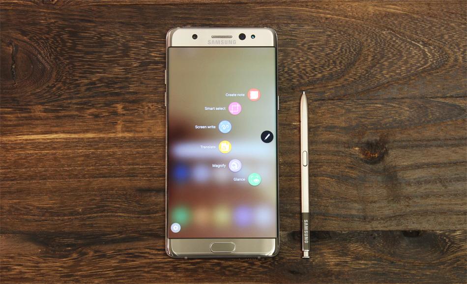 Заменить Самсунг Galaxy Note 7 можно будет доначала весны 2016 года