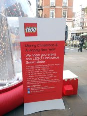 Cartello LEGO (Covent Garden 2013)