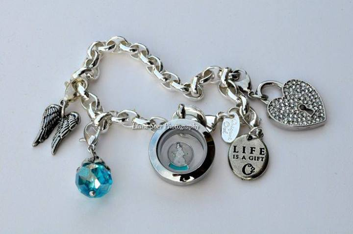 New Age Mama Origami Owl Giveaway