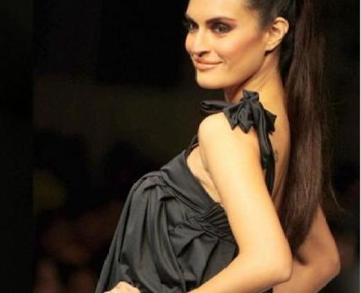 pakistani model-nadia-hussain-age-2013