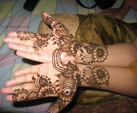 Beautiful-Mehndi-Designs-for-women-2013-2014