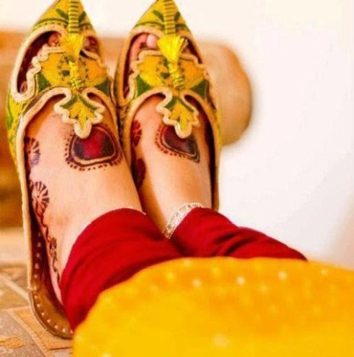 Latest Trend  Mehndi Design on  Feet 2015 - 2016