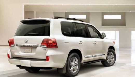 latest-2014-landcruiser-car-model
