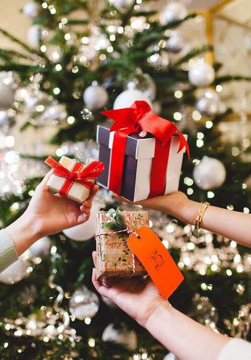 Christmas Gift Guide For The Woman In Your Life (Or Some Ideas For Your List)