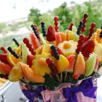 Make Your Own Edible Arrangement