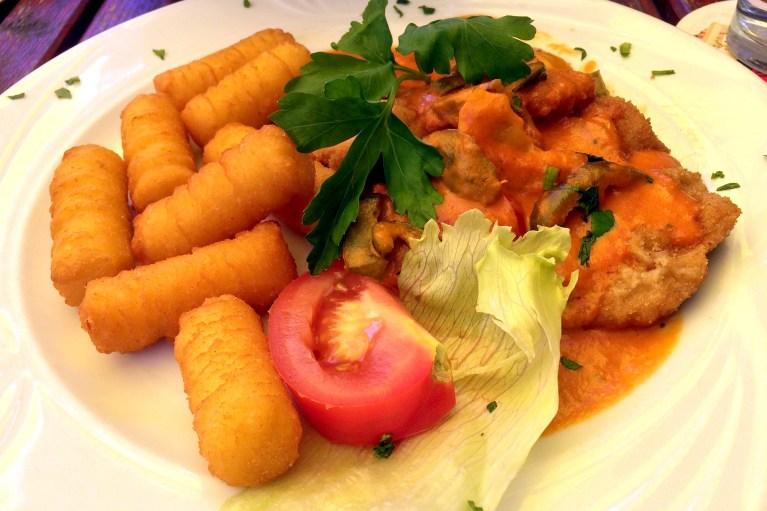 Paprika schnitzel and