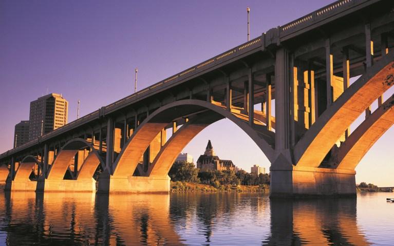 Photo belongs to Tourism Saskatchewan - click to view their website. Sunset along the South Saskatchewan River.