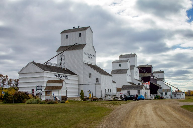 Inglis Grain Elevators, Manitoba Road Trip - 7 Days of Canadian Prairie Adventure :: I've Been Bit A Travel Blog