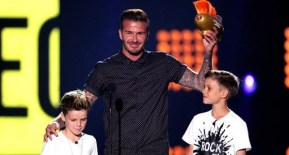Beckham takes his boys to get slimed…