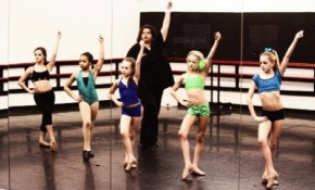 "Dance Moms' star: ""If they can't touch their toes, they're lazy."""