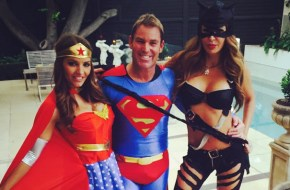 Warnie responds to those Tinder wild-sex allegations.