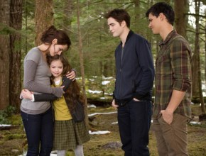 The little girl from Twilight is a gorgeous teenager.
