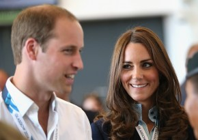 Forget the Aussies' gift for George, everyone is trying to see Kate's belly.