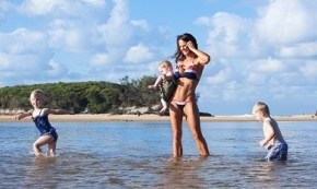 Fit Mum: Why I really think every mum deserves a bikini shoot.