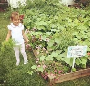 Ivanka Trump's daughter Arabella playing in her garden, 3