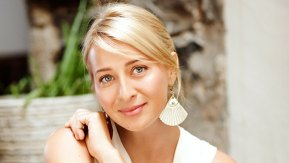 Asher Keddie gives us a sneak peek into Season 5 of Offspring.