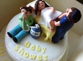 The cakes that no baby shower should have.