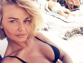 Lara Bingle just posted the first photo of her offspring.