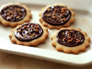 Fudge-topped toffee cookies