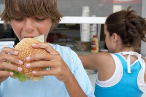 Should junk food be banned at school? Two mums go head to head.
