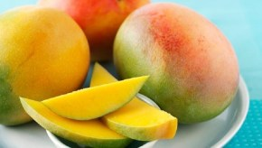 Peeling a mango: you've been doing it wrong.