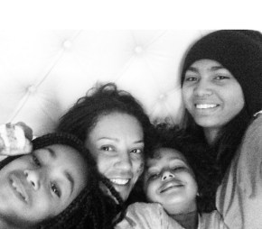 Mel B having a lazy Sunday with her children