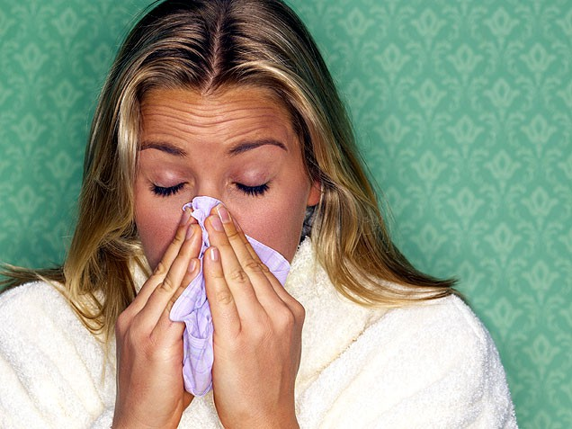 9 natural cold remedies that actually work.