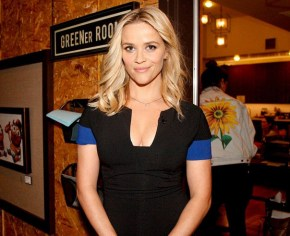 Reese Witherspoon re-enacts her fussy eater toddler. Nails it.