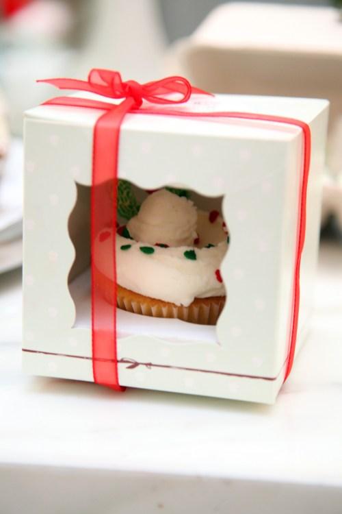 Christmas Cupcake Magnolia Bakery Lebanon