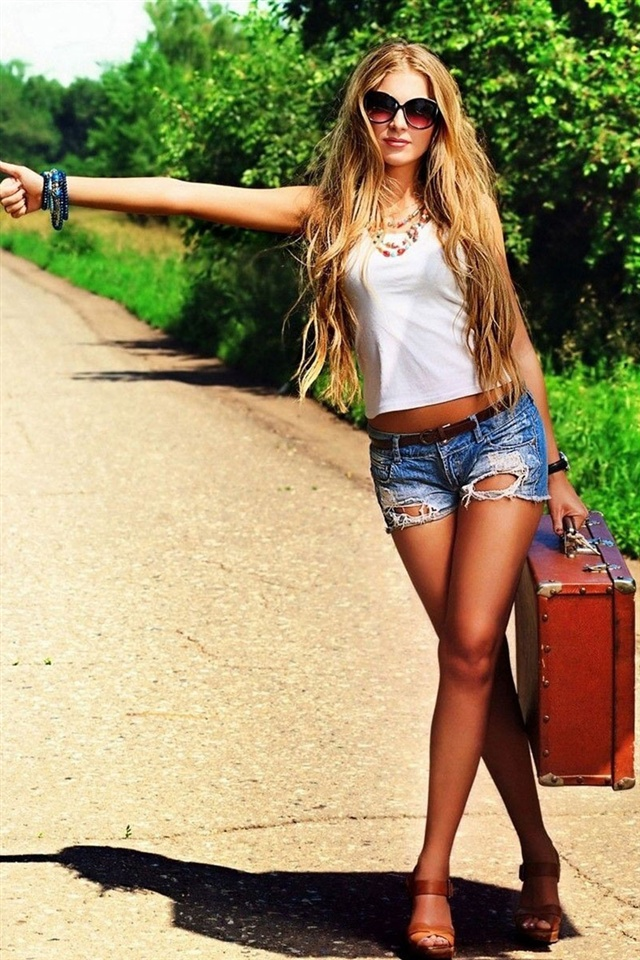 Cute Iphone 5c Wallpapers Girl Want To Hitchhiking Iphone X 8 7 6 5 4 3gs Wallpaper