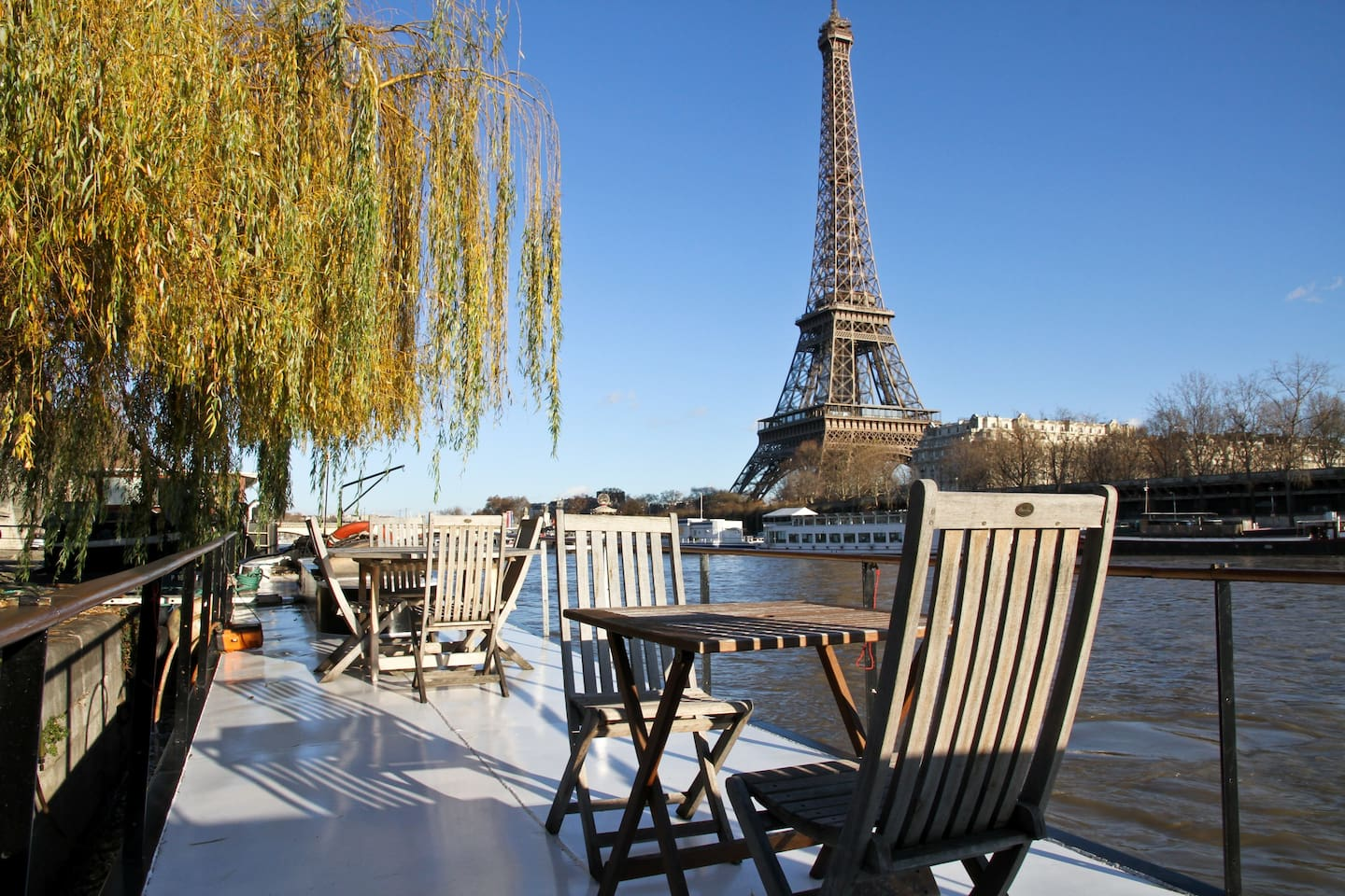 Airbnb Peniche Paris Location Paris Airbnb Location Charmante Péniche Face à La Tour Eiffel